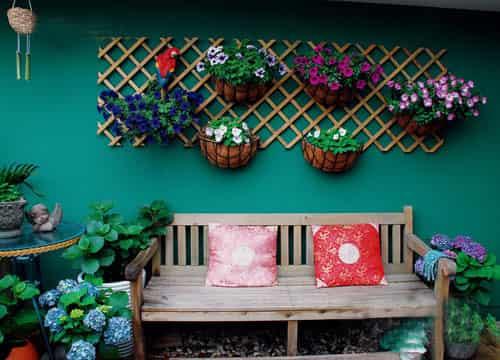 欧式家居装饰品 打造色彩花园洋房装修效果图给你