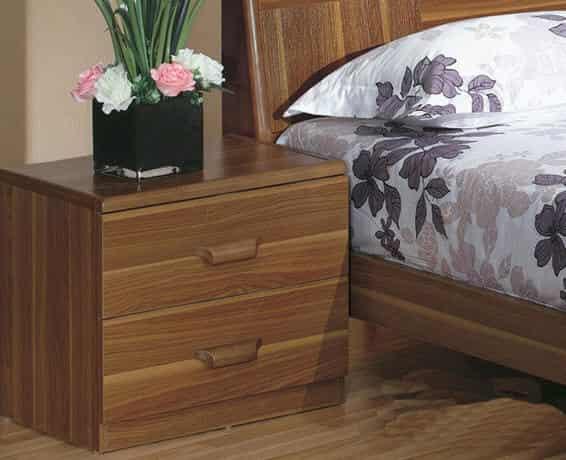 卧室实木家具欧式时尚床头柜图片欣赏