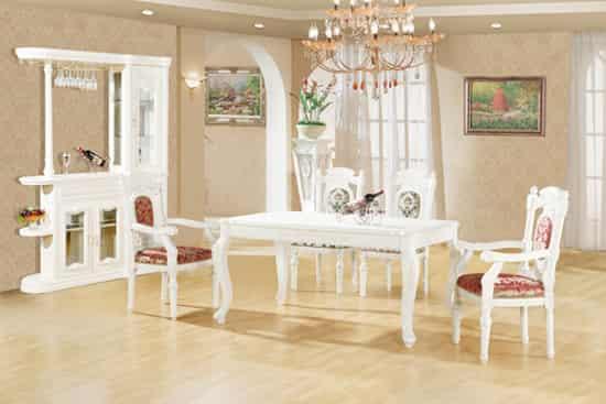 欧式古典田园风格餐桌椅组合 每天给你完美盛宴之感 小编点评:白色的清雅,古典欧式的款式透着优雅高贵气息。田园的清雅和古典的高雅结合的设计让整套餐桌显得格外突出。