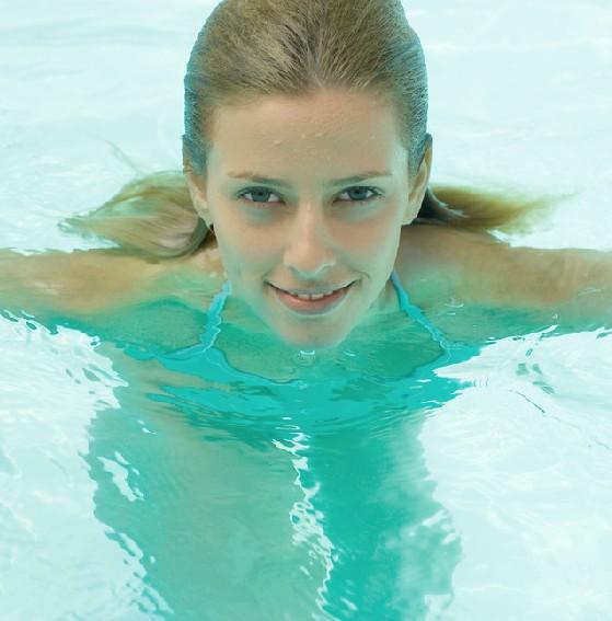 科学健康减肥法专属 游泳减肥法效果神奇