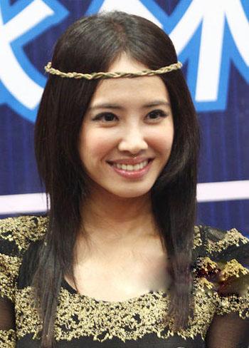 齐刘海还是中分?女明星示范中分发型最美爆图片
