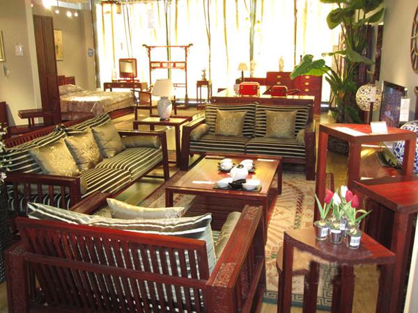 现代新中式装修效果图 古色古香的客厅卧室