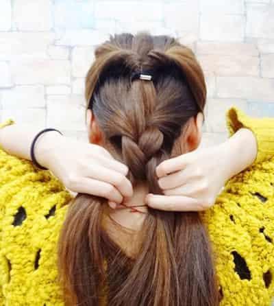 必学卖萌发型  导读:韩式麻花辫发型扎法步骤,简单几个步骤塑造唯美的图片