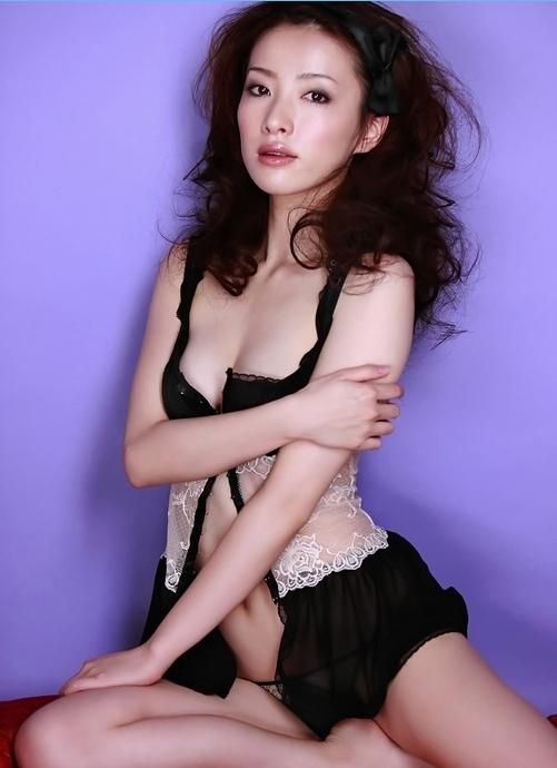 日本艳星濑户早妃诱惑写真图片