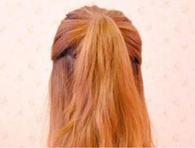 日式半丸子头扎法 提升气质女人味