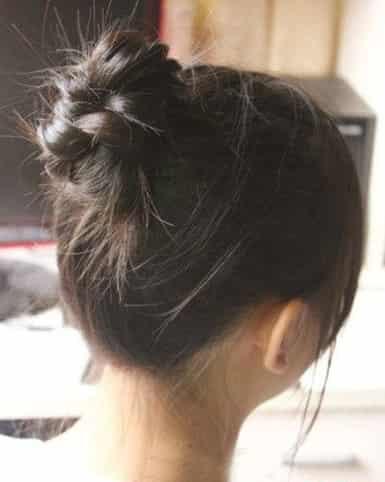 2012韩式时尚扎发 直发编发丸子头扎法图解 (7)图片