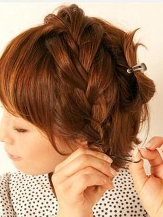 短发怎么扎简单好看图解 分享打理短发教程百变发型