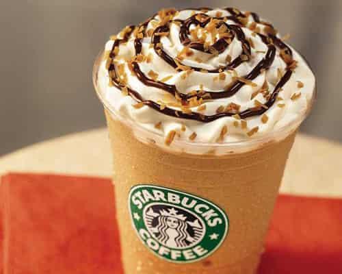 星巴克/一杯咖啡应该多少钱?央视20日报道称,一杯20多元的星巴克拿铁...