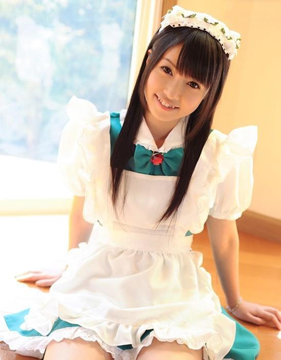 日本性感美女制服诱惑写真图片  七丽