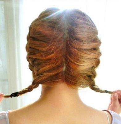 夏天中长发怎么扎好看 气质编发教程打造魅力发 夏季中长发猫耳朵发型图片