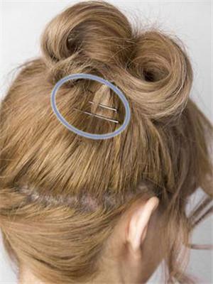 烫发怎样盘头好看 简单盘烫发头图片