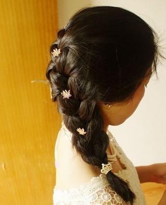 温柔唯美公主编发教程图解 打造可人儿仙女范发型 (8)