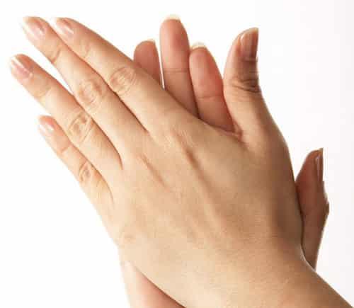 手部皮肤护理的步骤详解