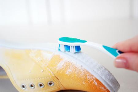 将夏天停在脚尖 水彩渐变色帆布鞋diy方法