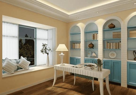 歐式書房設計效果圖 打造地中海風情 極具歐洲風格的書房,白色的長方形桌子配上白色的臺燈很雅致,書架的設計時尚又實用,藍色與白色相結合。很值得借鑒哦!