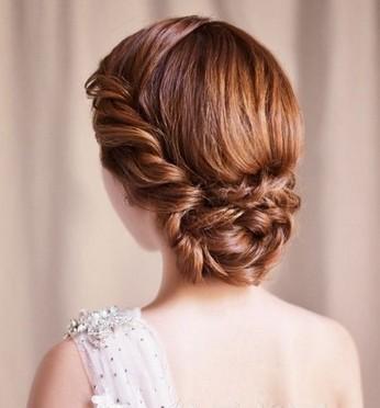韩式新娘花苞头发型 唯美气质演绎最美的时刻