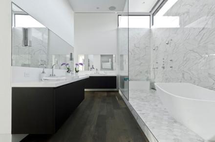 浴室装修效果图look黑白配设计