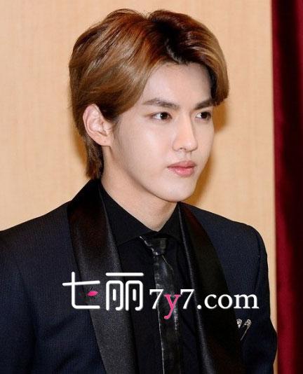 EXO-M队长吴亦凡提出解约 SM公司回应望圆满解决不影响组合-EXO