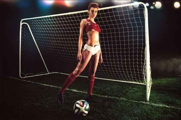 2014年 花花公子 世界杯特辑 性感美女写真图片