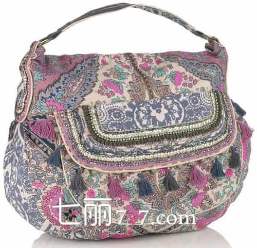 佩斯利花纹设计,像佩斯利印花为大容量梯形购物包带来了传统的美感