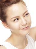 """怎么收缩脸部毛孔粗大的方法小窍门 四Tips告别""""蜂窝""""脸"""