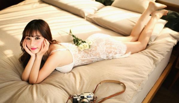 妖娆美女性感私房写真