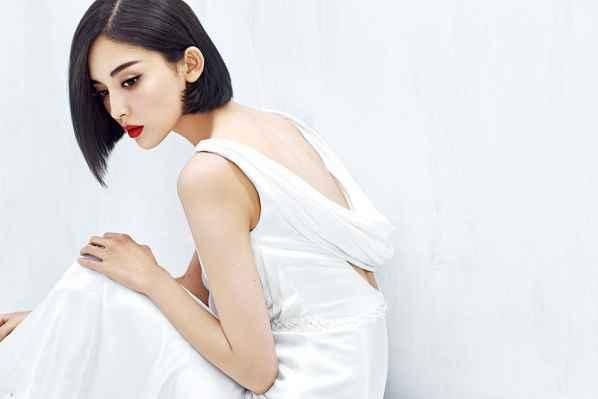 古力娜扎清纯唯美写真 薄纱轻裙优雅脱俗