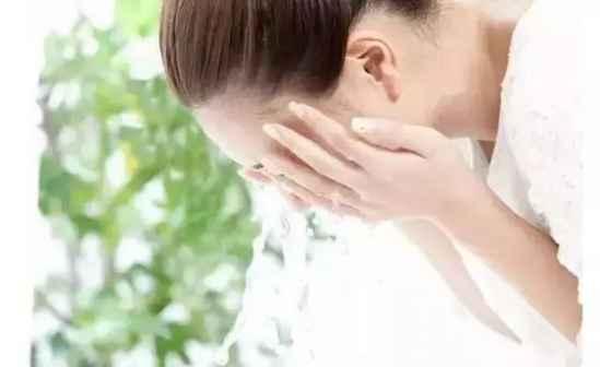怎样洗脸才能洗干净 这些妙招帮你正确清洁皮肤