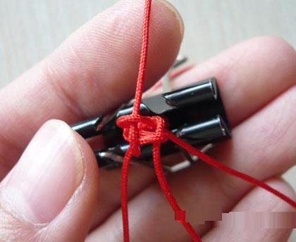 图解 编织 情意/玉米结红绳手链的编法图解 DIY送人礼轻情意重