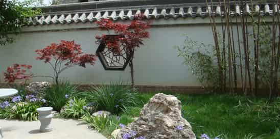 家庭别墅中式小庭院设计 感受自然山水之魅力
