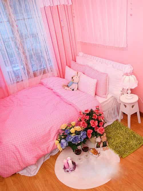 韩式浅粉色卧室装修风格效果图 充满柔情蜜意的格调
