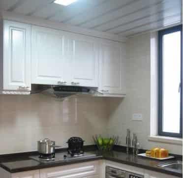 2012家庭小型厨房装修效果图 舒适温馨家居 - 七丽