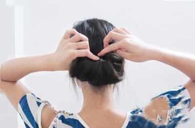 2013年最新盘发教程 适合圆脸的瘦脸减龄发型图片