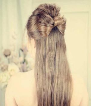 蝴蝶结时尚发型扎法图解,打造欧美小公主图片