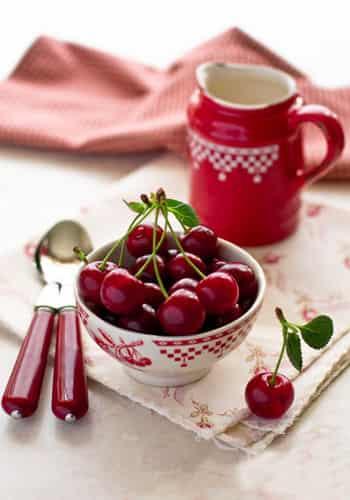 春季美容养颜的十种水果 女人常吃青春永驻