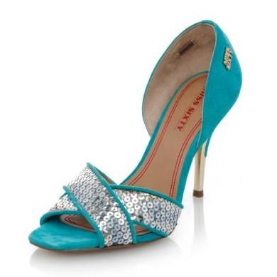 Y 夏季女士高跟凉鞋 展现性感神秘的摩登女郎风采