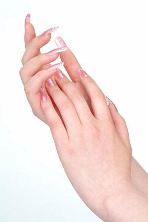 护手方法三部曲 纤纤玉手必备护手霜