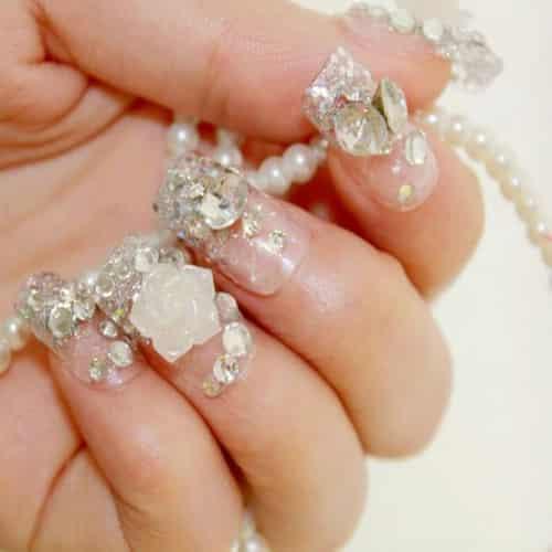 女子涂劣质指甲油导致截肢 盘点使用劣质指甲油的危害图片