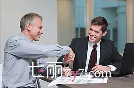 职场里与上司沟通的态度和技巧