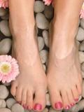 冬天腳裂怎么辦 輕松治療腳裂的6個辦法