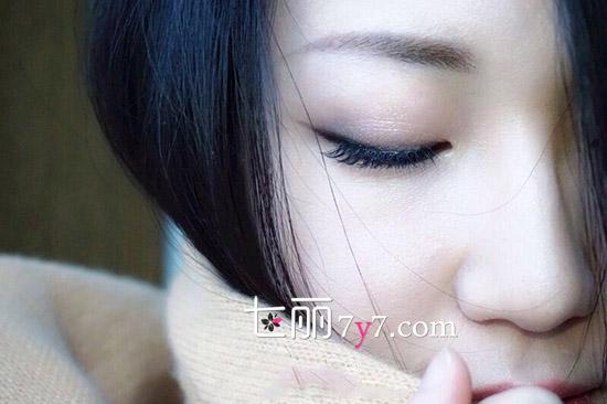 【图】女人怎样快速学会化妆 10分钟简单上妆步骤