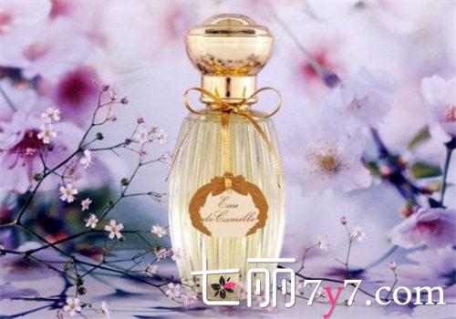 【图】五款高逼格的小众女士香水品牌 教你如何告别街香香水