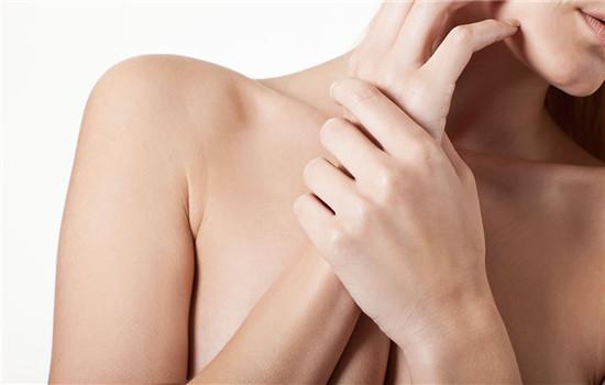 鸡皮肤是怎么引起的,鸡皮肤是怎么形成的,为什么会有鸡皮肤