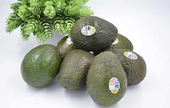 冬天干燥吃什么水果,冬季皮肤干燥吃什么水果好,吃什么水果补水效果最好