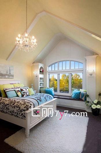 小戶型臥室飄窗裝修設計效果圖 小房間里的愜意生活