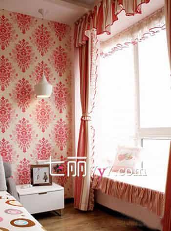 小户型卧室飘窗装修设计效果图 小房间里的惬意生活