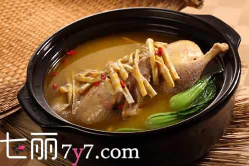 汤的营养是在汤里还是在肉里,汤和肉哪个营养价值高,汤有营养还是肉有营养