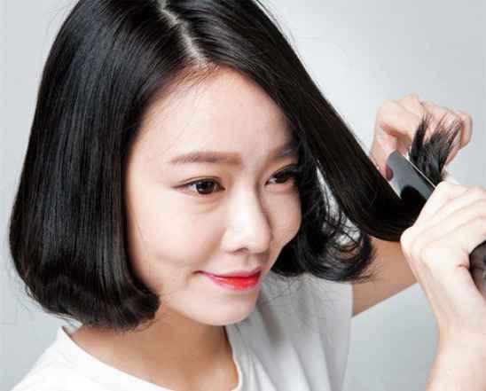 短发怎么打理好看图解 卷发棒助你打造修脸美发