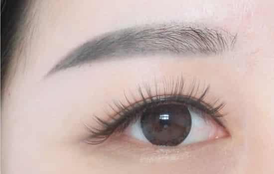 胡歌/标签:眉毛的画法化妆步骤分享: