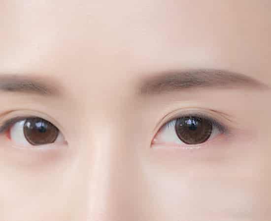 韩式一字眉毛的画法 教你画温柔一字眉图片